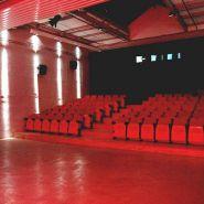 2-Umnutzung-zu-Kinosaal-im-Depot